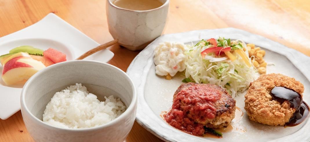 ランチ おすすめランチ(2品)(サイコロステーキ付き)