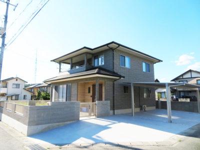こだわりの空間で暮らしを楽しむ家(笠岡市)